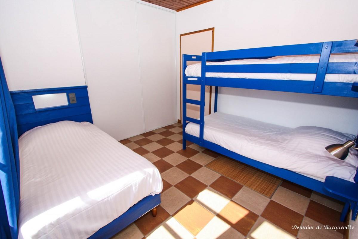 chambre-bleue-gite-boulangerie-IMG_8042