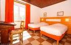 chambre-orange-gite-boulangerie-IMG_8053b